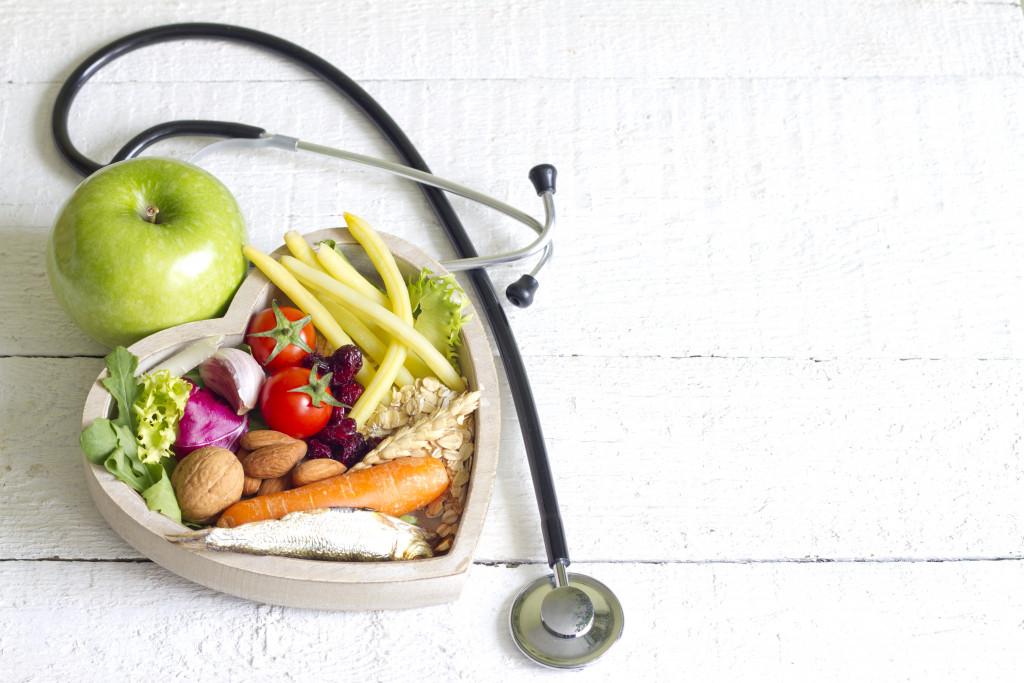 food heart stethoscope